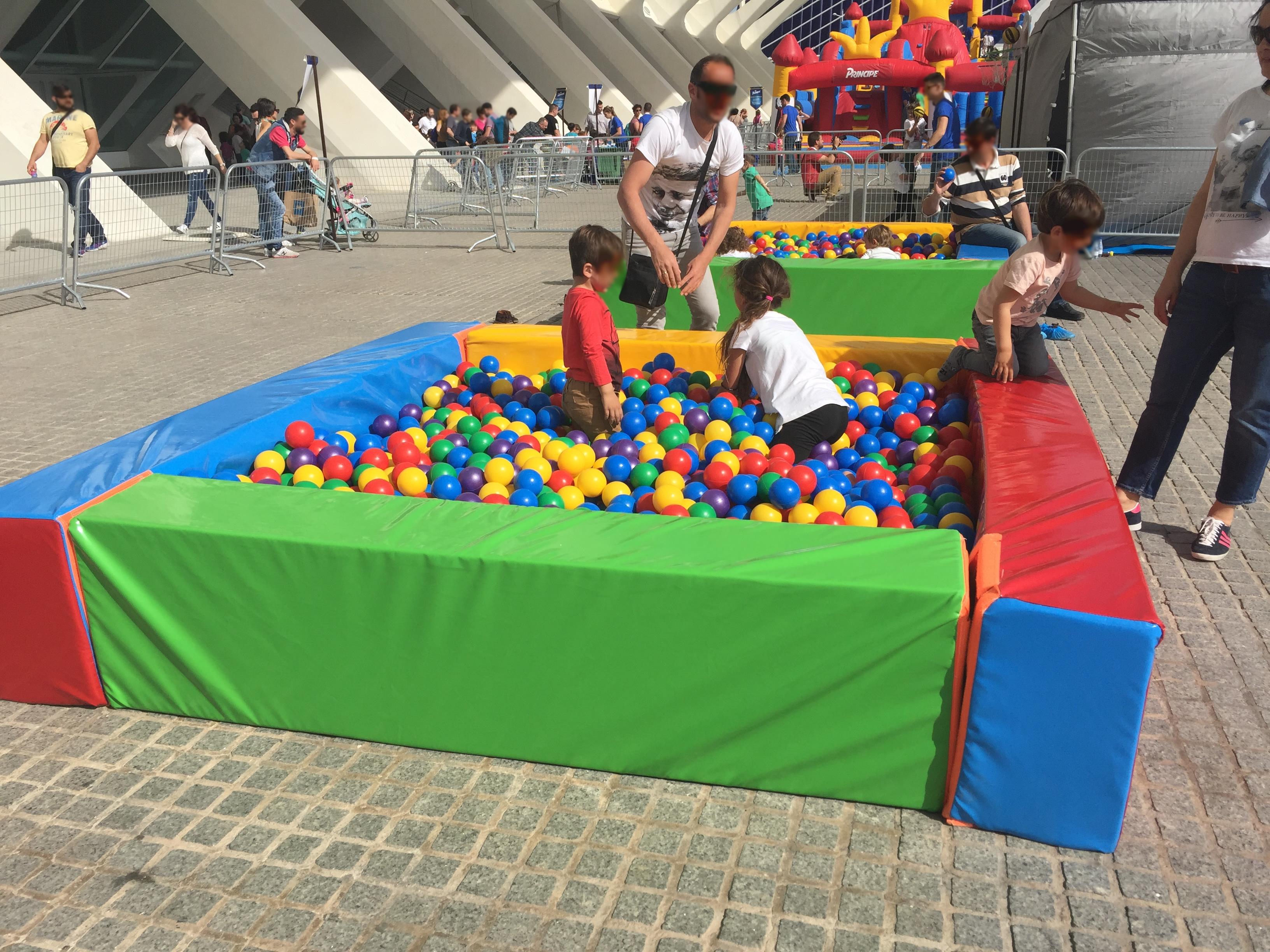 Alquiler de Piscina bolas peque a en Madrid y Pen nsula